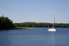 Traum anchored at Harbor Island